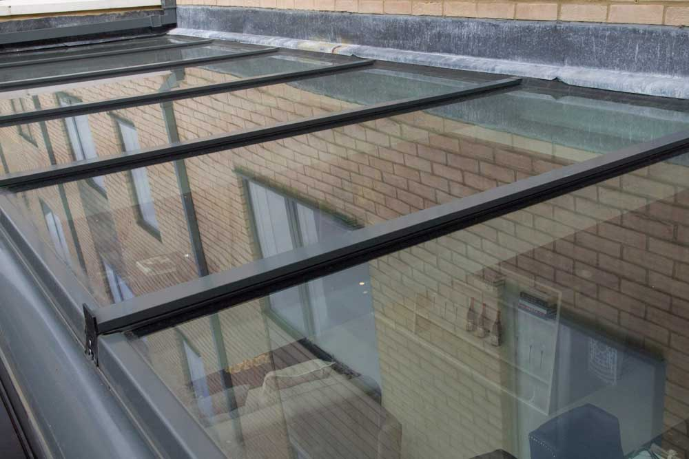 What Are Benefits Of Glass Roof Zero Percent