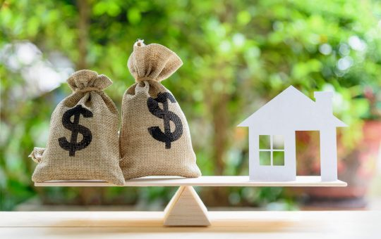 What Are the Benefits of a Homeowner Loan?